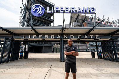 DeVonta Smith in front of the LifeBrand Gate at Lincoln Financial Field in Philadelphia, PA