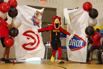 The Clorox brand kicks off the school year with a $1,000,000 donation to recognize teachers through DonorsChoose. Naismith Memorial Basketball Hall of Famer and Atlanta Hawks legend Dominique Wilkins helped share this news on Wednesday, Sept. 8, 2021 through a surprise appearance at Emma Hutchinson Elementary School in Atlanta, Ga., which celebrated an additional $100,000 and a year's supply of Clorox products for Atlanta Public Schools.